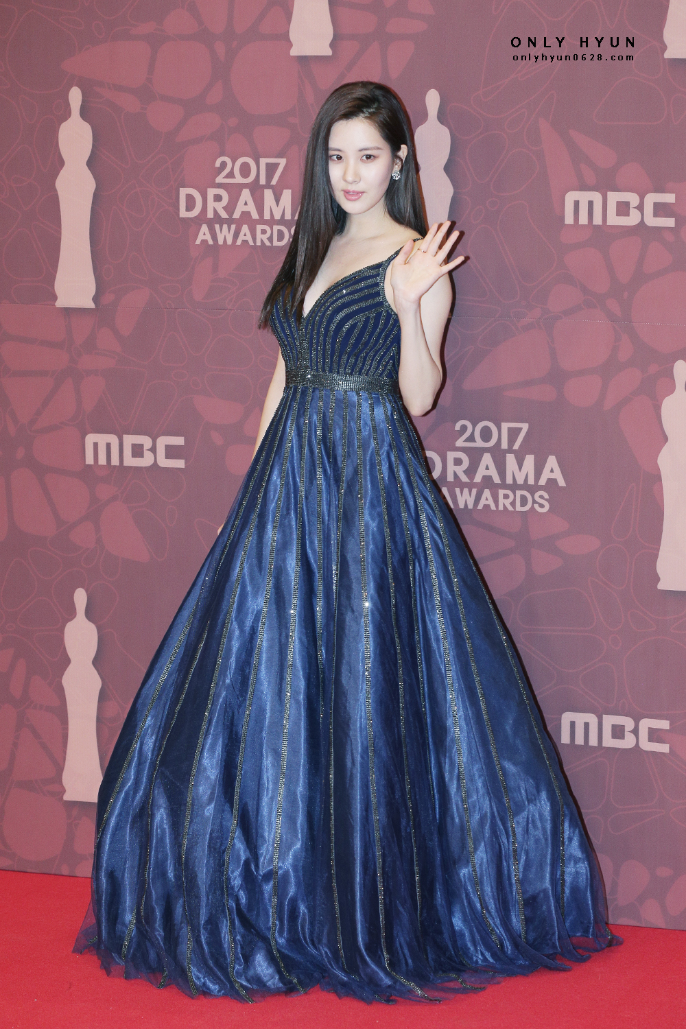 Index of /data/soshi/pictures/seohyun/awards/171230-mbc-drama-award/