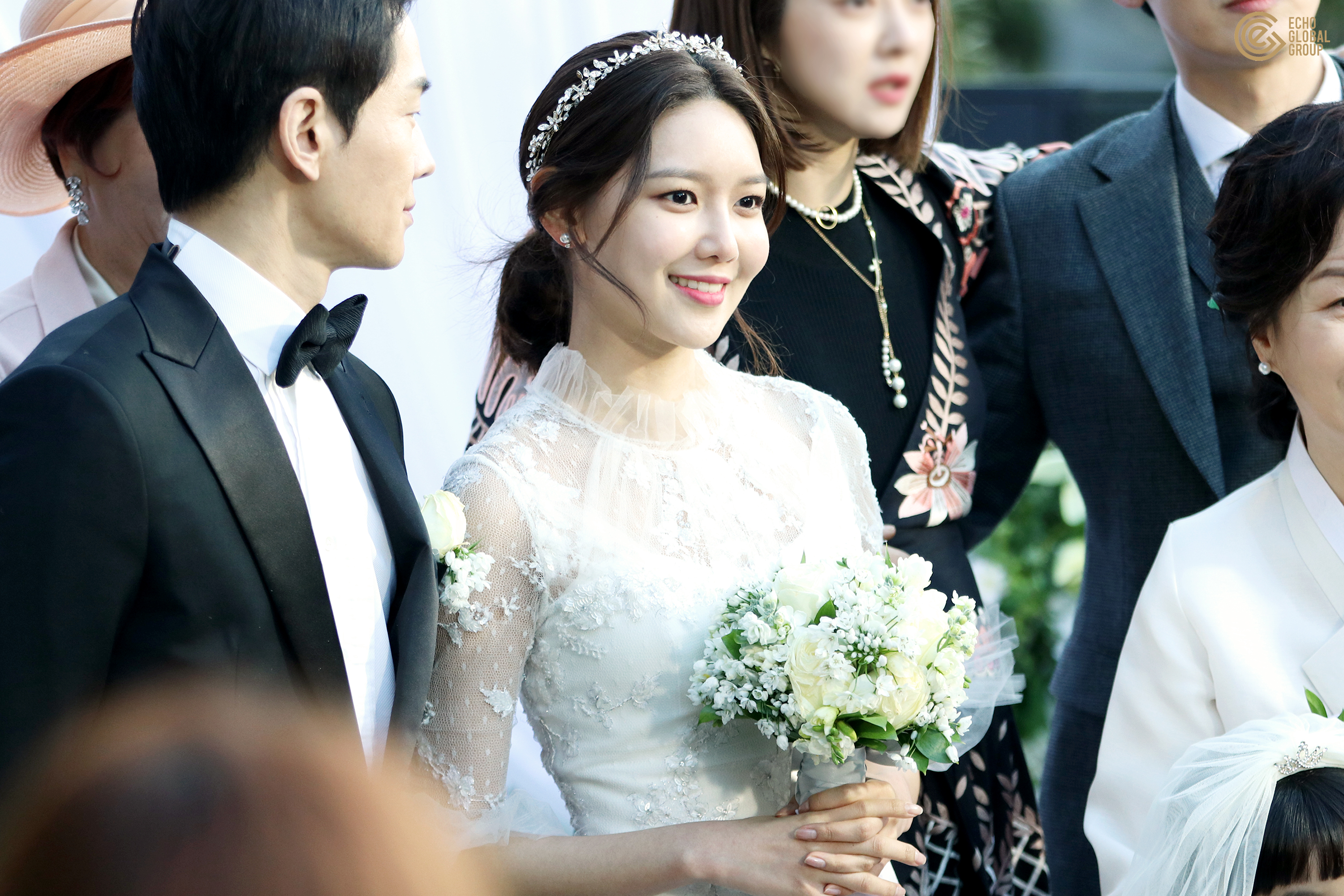 Index of /data/soshi/pictures/sooyoung/tv/man-who-sets-table/