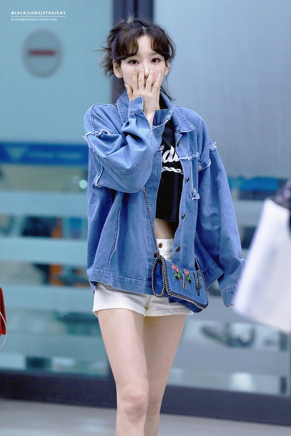 Taeyeon 170402 Incheon Airport Manuth Chek S Soshi Site