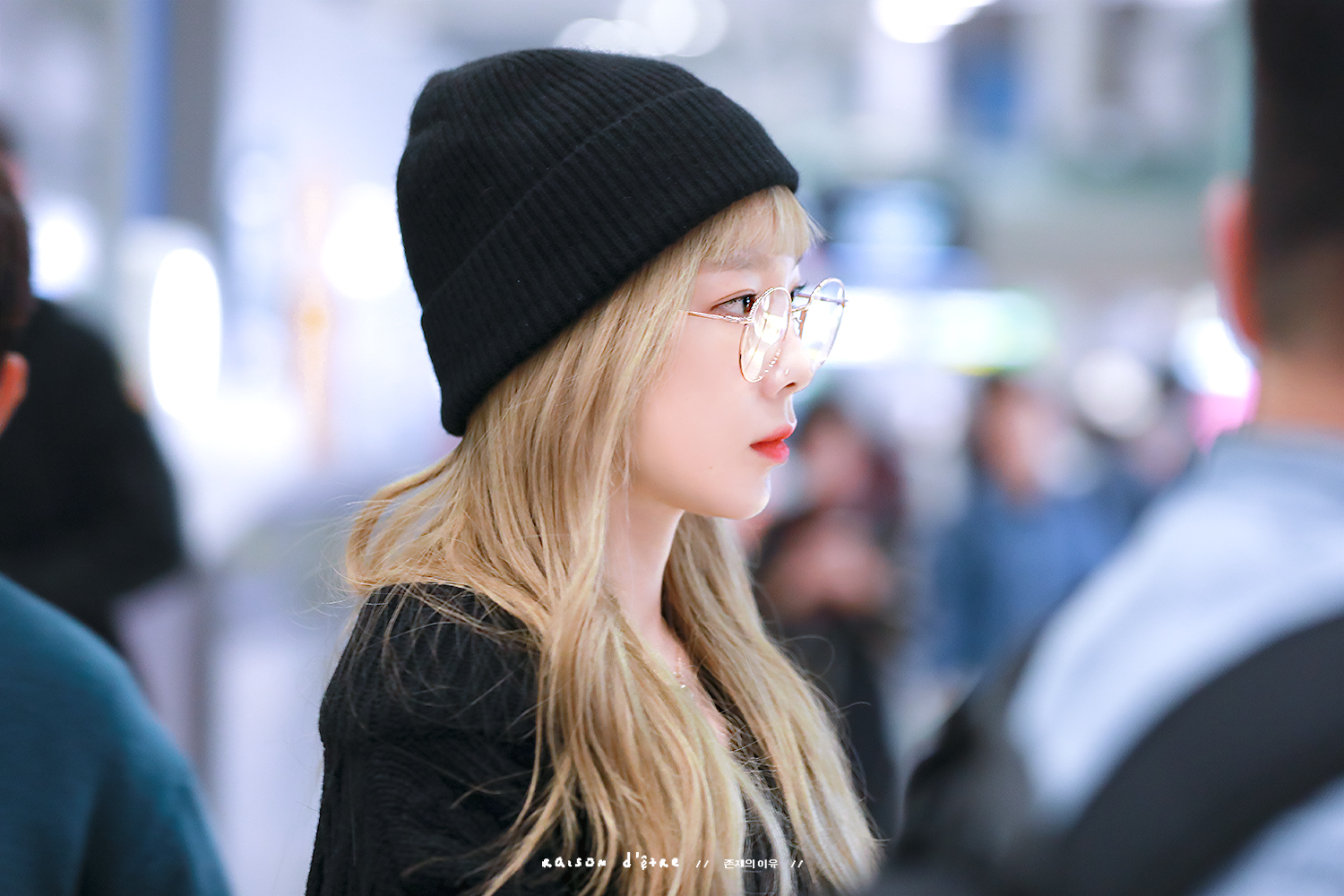 Taeyeon – 191018 Incheon Airport