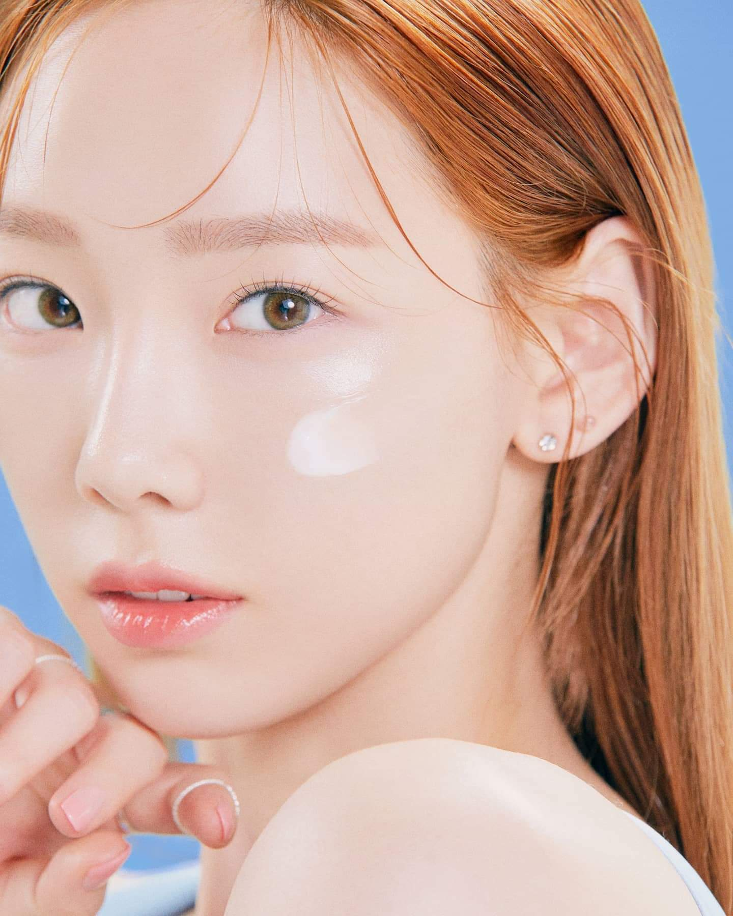Taeyeon – 2020 May, 1st Look Magazine